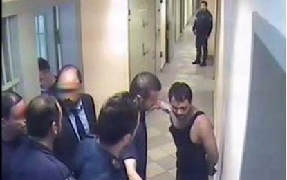 Publikohen fotot gjatë torturimit të Ilia Karelit