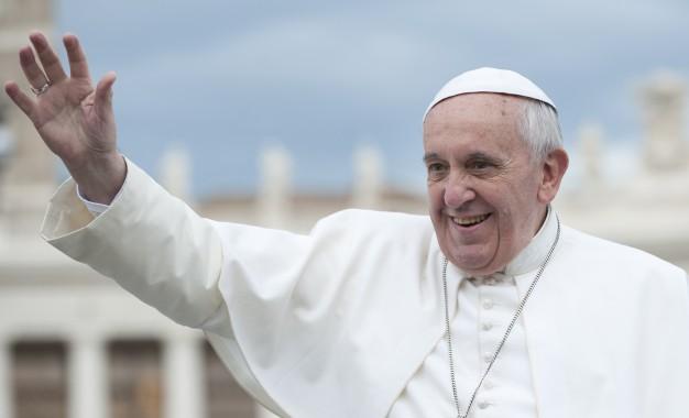 Përgatitjet e fundit për vizitën e Papës