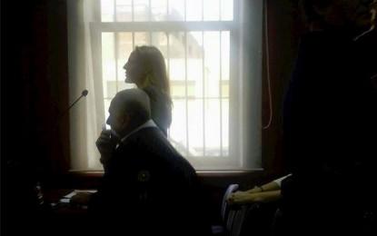 Golemi refuzon dëshminë në qeli,Avokati: Prokurorët erdhën me duar në xhepa e pa prova