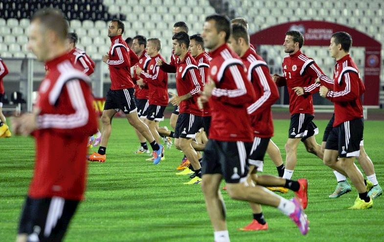Kombetarja shqiptare zbret ne renditjen e FIFA 8211 s