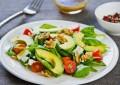 Ushqimet që ndihmojnë në djegien e kalorive