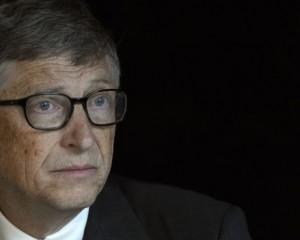 Gates mbetet njeriu më i pasur në botë