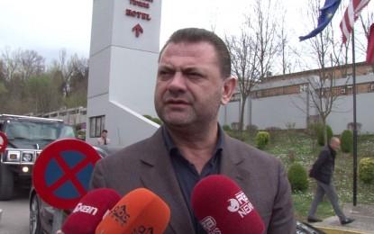 Flet Doshi: Nuk i trembem arrestimit, përballje në Gjykatë