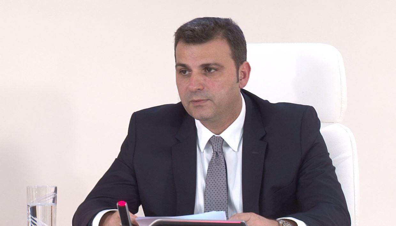 sejko-bankat-greke-ne-shqiperi-nuk-preken-nga-kriza