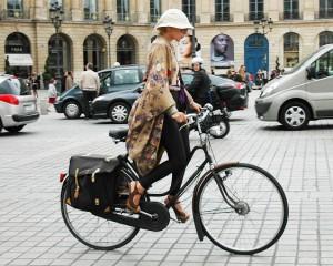 Paris, shpërblim kush shkon në punë me biçikletë