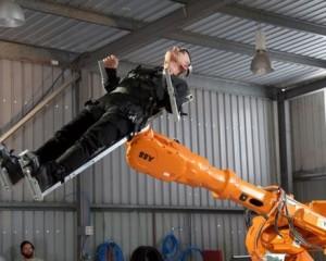Një krah robotik për të treguar ndërveprimin mes njerëzve dhe makinerive