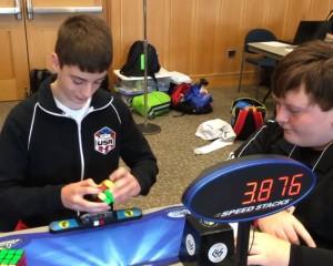14 – vjeçari thyen rekordin e kubit Rubik