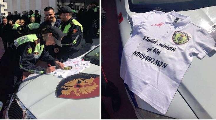 Dhurata e policëve për Saimir Tahirin