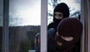 Korçë/ Dy persona të maskuar dhunuan 37-vjeçarin