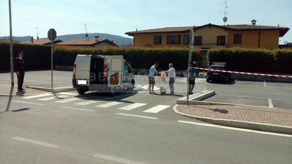 Italiania përplas për vdekje shqiptarin, me të cilin kishte një djalë