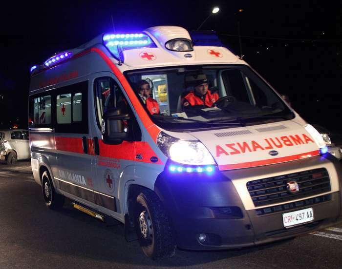 U përplas nga makina  vdes pas 36 orësh shqiptari në Itali
