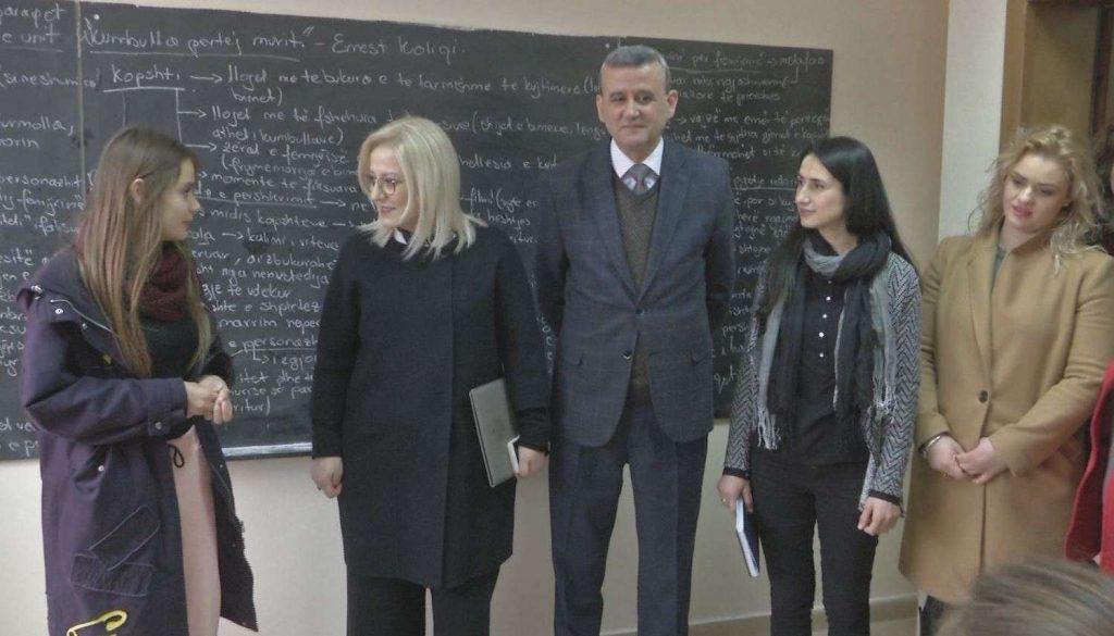 Oficerët e sigurisë në shkolla Projekti pilot në 15 gjimnaze të Tiranës