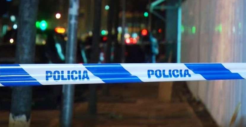 At e bir qëllojnë me thikë 26 vjeçarin në kryeqytet