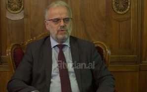 Xhaferi: Shqipja, zyrtare në të gjitha institucionet