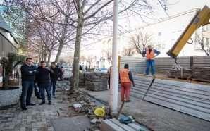 Rehabilitohen trotuaret në Rrugën e Kavajës, korsi e dedikuar për…