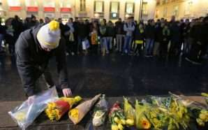 Qindra persona luten për futbollistin Sala