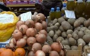 Çmimet e larta të qepës e patates, dyshime për abuzime…
