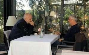 Rama takohet me Thaçin në Tiranë