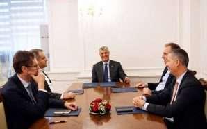Negociatat me Serbinë, Thaçi i dorëzon raportin ekipit negociator