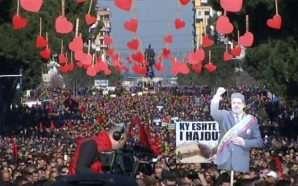 Protesta e opozitës (Live)