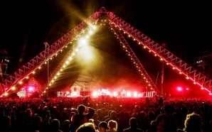 Red Hot Chili Peppers koncert në piramidat e Egjiptit
