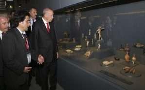 """Erdogan përuron """"Muzeun e Trojës"""""""