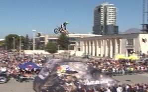 Adrenalinë nga Red Bull X-Fighters