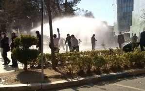 Lirohen 10 nga 14 protestuesit që u arrestuan më 16…