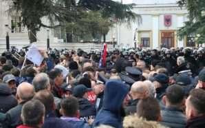 Zbulohet skenari i protestës së opozitës