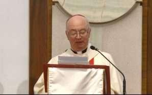 Katolikë kremtojnë festën e Pashkëve