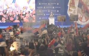 Vuçiç sfidon opozitën me një tubim masiv