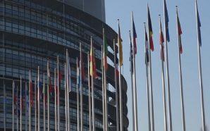 Zgjedhjet e PE, votojnë Britania e Holanda