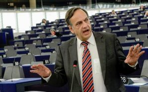 Fleckenstein mbetet jashtë Parlamentit Europian?