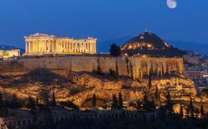 33 milionë turistë vizituan Greqinë