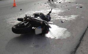 Aksident në Tiranë, makina përplas motorin