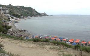 Dy të mbytur, plazhet pa siguri