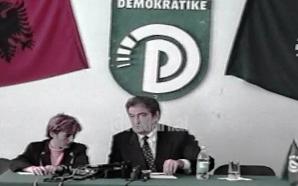 Sali Berisha konferencë për Kushtetutën (03 Nëntor 1998)