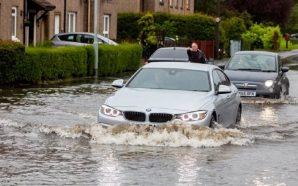 Britania goditet nga përmbytjet