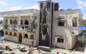 Sulmohet hoteli, 26 të vrarë dhe mbi 50 të plagosur