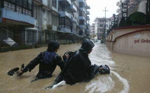 Dhjetëra të vdekur nga përmbytjet
