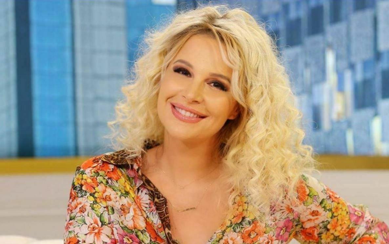 Surprizon Rudina Magjistari  shfaqet ndryshe në emision