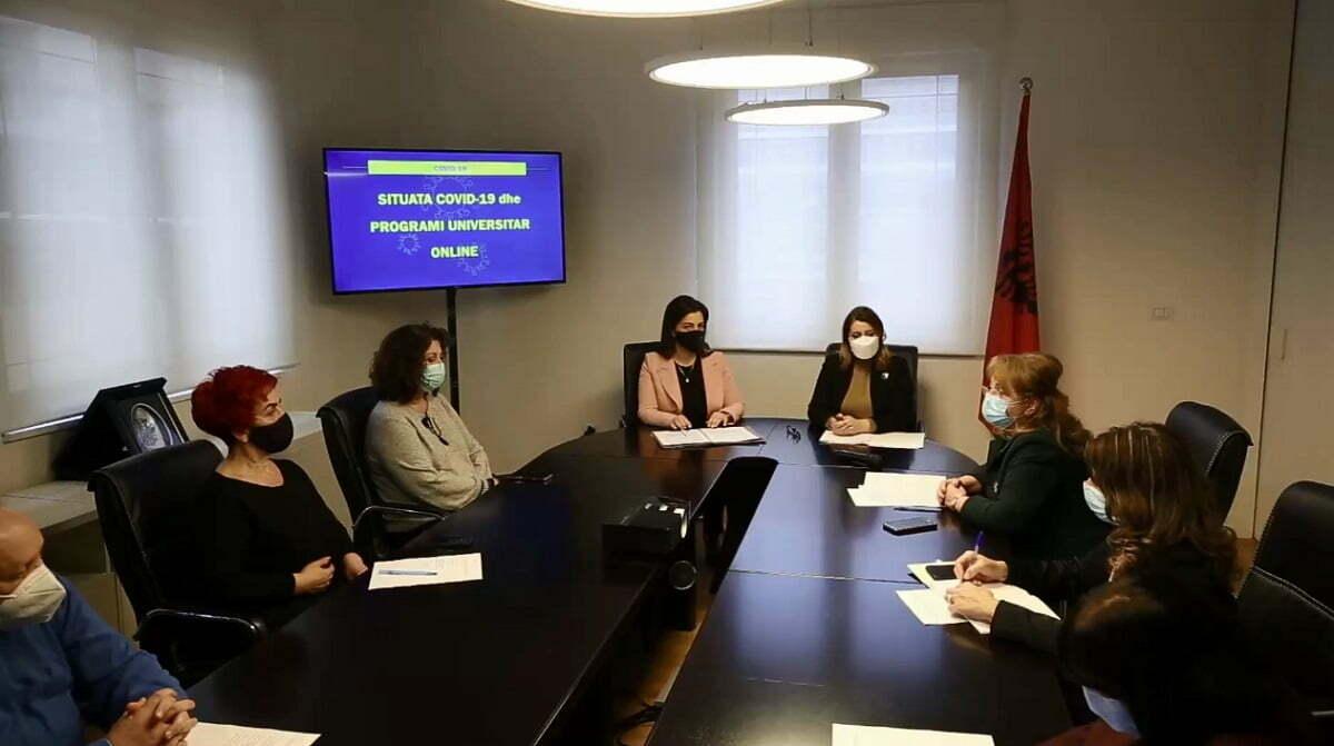 Sot mbledhja e Komitetit të Ekspertëve - Tv Klan